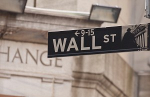 The-New-Rule-That-Helps-You-and-Wall-Street-Hates-462756183-300x194